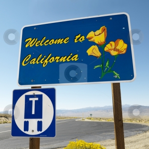 cutcaster-photo-100124699-Welcome-to-California-sign